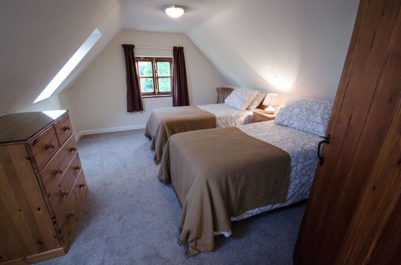 Homestead Farm – Wishing Well Cottage – Twin Room