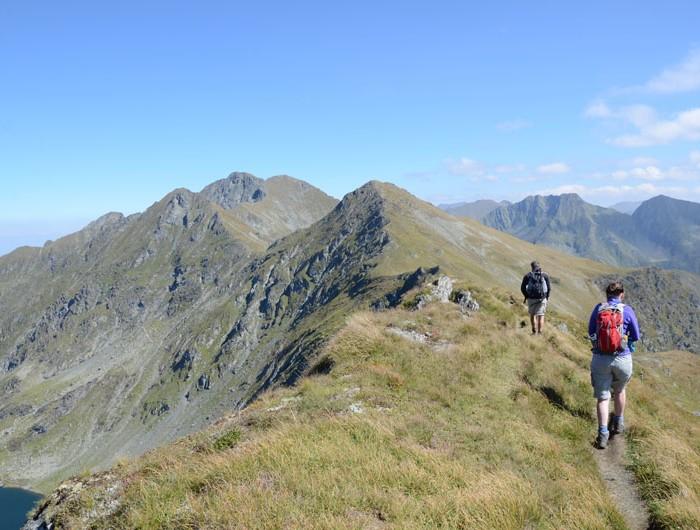 Transfagarasan Ridge Walking